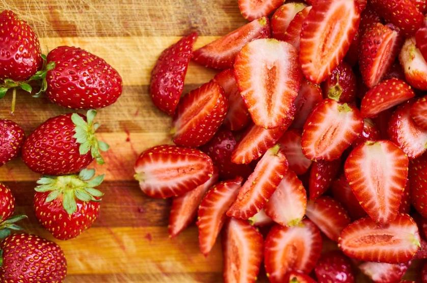 nakrájené jahody